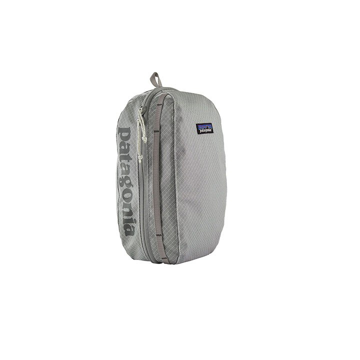 Patagonia Black Hole Cube Medium Birch White - Monkshop