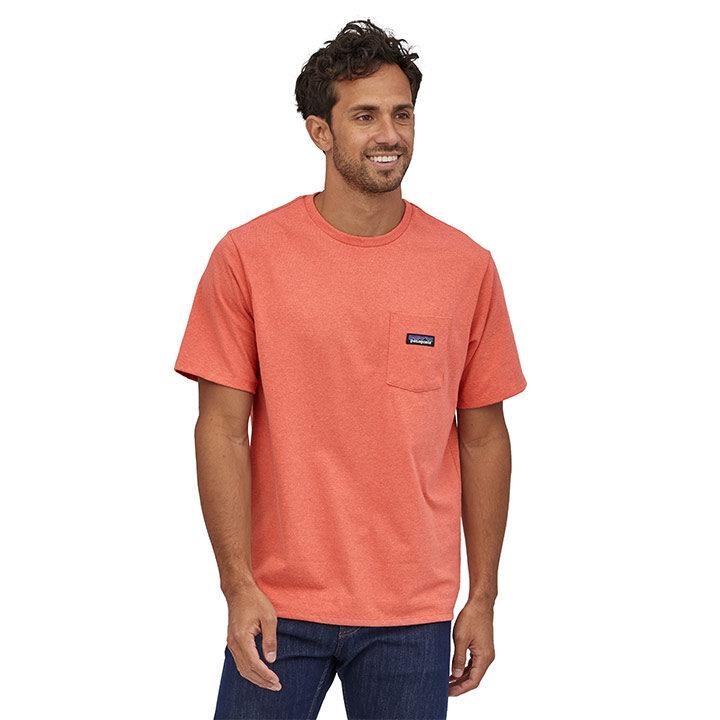 Patagonia P-6 Label Pocket Responsibili-Tee Heren T-Shirt Coho Coral - Monkshop